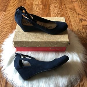 American Rag Miley Chop Out Navy Blue Wedges 6M